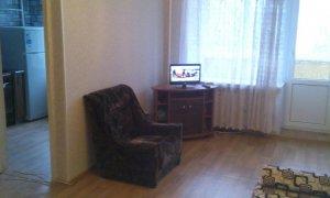 Сдается уютная двухкомнатная квартира с хорошим косметическим ремонтом в Черниковке