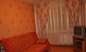 Сдается уютна однокомнатная квартира в Затоне по улице Ахметова