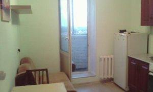 Однокомнатная квартира на улице Шмидта в Затоне