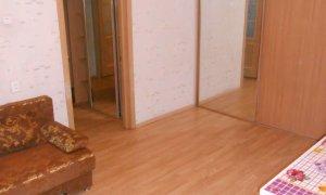 Сдается трехкомнатная квартира в микрорайоне Молодежный