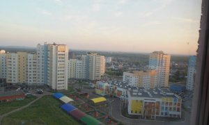 Сдается однокомнатная квартира рядом  школой МВД