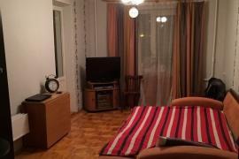 Сдается трехкомнатная квартира с мебелью и техникой по улице Адмирала Макарова