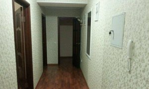Сдается хорошая двухкомнатная квартира по проспекту Октября