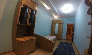 Сдается шикарная четырехкомнатная квартира в Центре города в элитном доме