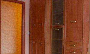 Сдается трехкомнатная квартира по Проспекту Октября
