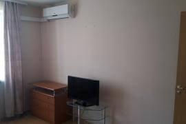 Сдается однокомнатная квартира в микрорайоне Айгуль по улице К.Маркса