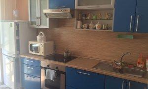 Сдается двухкомнатная отличная квартира в новом доме рядом с остановкой  ЖД Больница