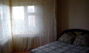 """Сдается двухкомнатная квартира в кирпичном доме рядом с остановкой """"Чайная фабрика"""""""