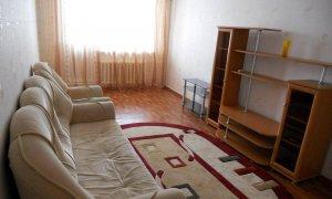 Сдается двухкомнатная квартира в районе проспекта Октября
