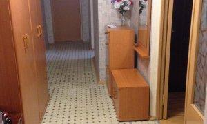 """Сдается уютная, обустроенная трехкомнатная квартира в районе ТРК """"Иремель"""""""