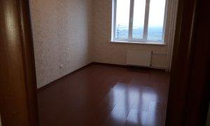 """Сдается однокомнатная квартира с отличным ремонтом рядом с кинотеатром """"Искра"""""""