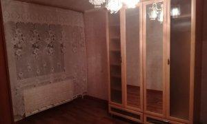 Сдается двухкомнатная квартира на Комсомольской.