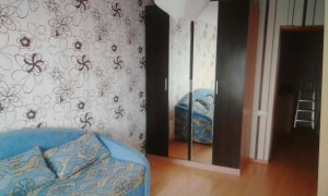 Сдается  двухкомнатная квартира на улице Комсомольская